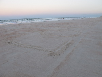 Lotsafunmaps written in the sand!