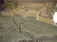 Model of the fort with little soldiers.