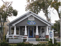 The Cotton Club, a women's clothing store on Citrus Ave.