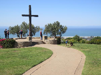 The cross overlooking the sea.