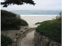 The beach access path at 8th Avenue. It entices you to come see the wonderful beach!