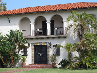 Spanish house near Star Park.