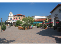 Camino Real is an attractive, sunny shopping area.
