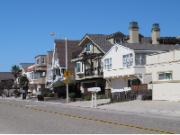 Ocean Drive is a pleasure to walk along- check out the cute houses!