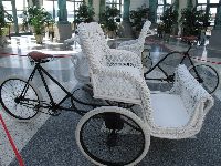 "Wicker ""rolling chairs""- Flagler did not allow cars or horses as transportation in Palm Beach."