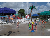 Little ones love the splash pad and the hand-activated sensor that turns the water on.