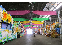 The huge, colorful warehouse!