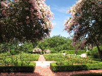 Rose garden, with art-deco fountains and hedges.