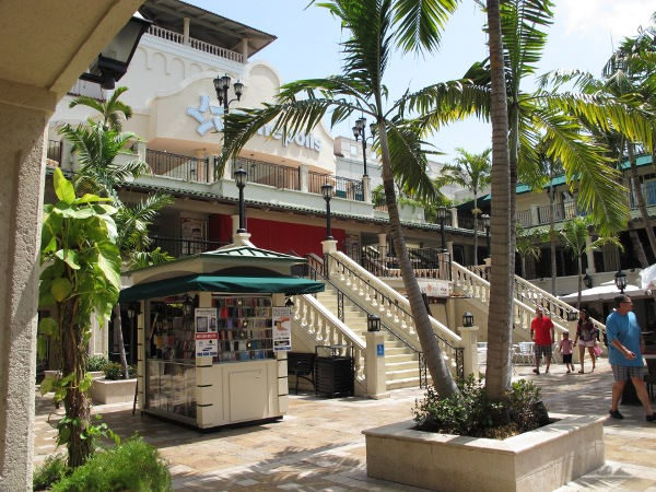 CocoWalk and Coconut Grove, Miami FL