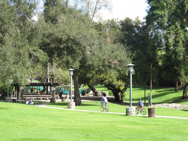 Garfield Park, Pasadena, Los Angeles California