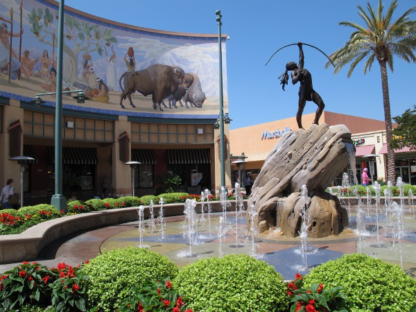 Janss Marketplace, Thousand Oaks, Ventura California
