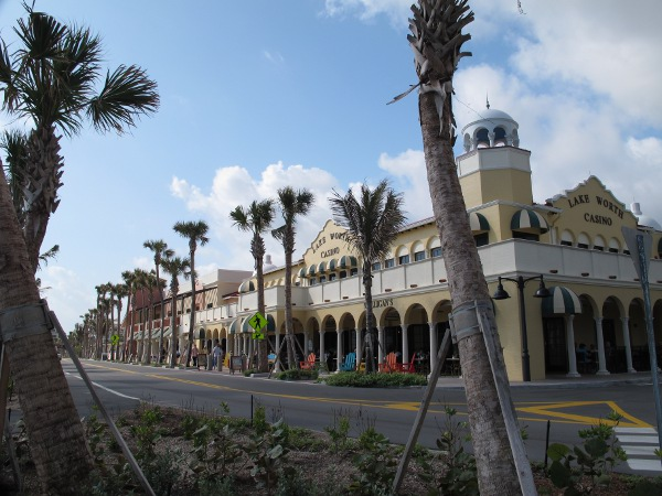 Lake worth casino restaurants