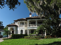 Italian-style mansion on Lakeview Drive.