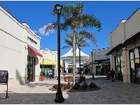 Palm Beach Outlet Mall is open-air and pretty.