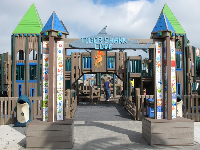 The lively entrance to the playground.