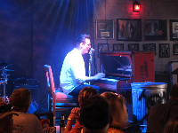 The pianist at the Jerry Lee Lewis Honky Tonk Cafe really puts on a show!
