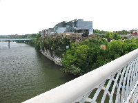 Hunter Museum of Art, as seen from the Walnut Street Bridge.
