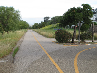 An opening at the western end of San Carlos Drive.