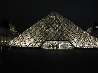 The amazing pyramid at night.