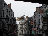 The dragon in Daigon Alley!