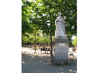 "Statue of Jeanne d'Albret, amongst the trees. She was a ""frivolous and high-spirited princess"" in her youth."