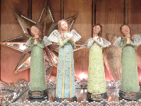 Angel statues in the shop.