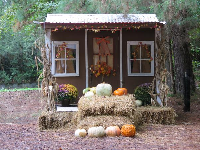 Little house for photos at the Pumpkin Patch.