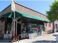 The main streets, Howe and Moore, have many knick knack and antique stores.