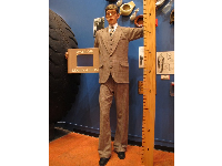 Statue of Robert Wadlow, the tallest man to ever live.