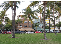 Shore Park Hotel and Pelican Hotel, attractive buildings along Ocean Drive.