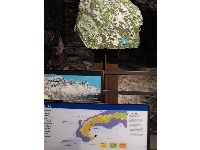 Exhibit about Eclogite found in the Alps.