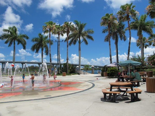 Royal Palm Pointe Splash Pad, Vero Beach, Stuart FL